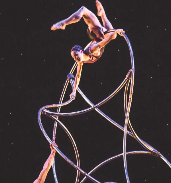 Irvine Barclay Has Acrobats, Defies Gravity & Music